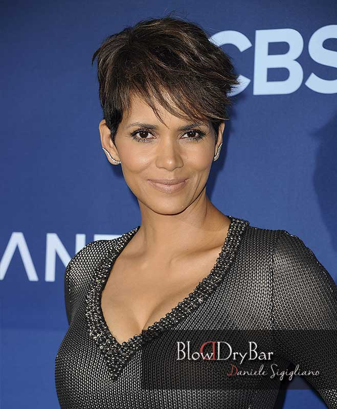 Halle Berry 12 celebrities de pelo corto